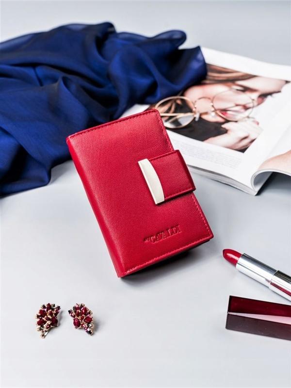 Женский кожаный кошелек красный 2412