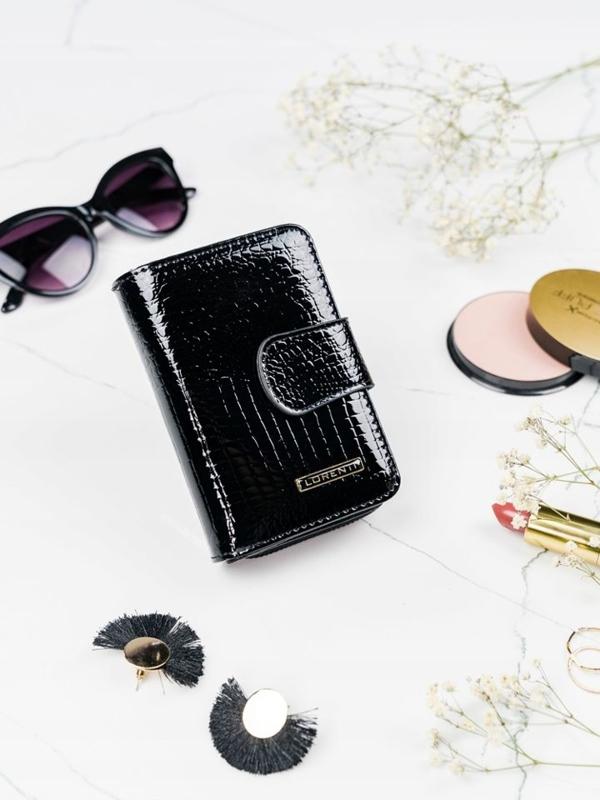 Женский кожаный кошелек черный 2088