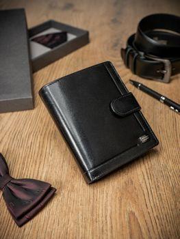 Чоловічий шкіряний гаманець чорний 371
